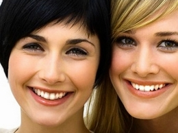 https://www.teethwhiteningkits2you.co.uk/teeth-whitening-kits website